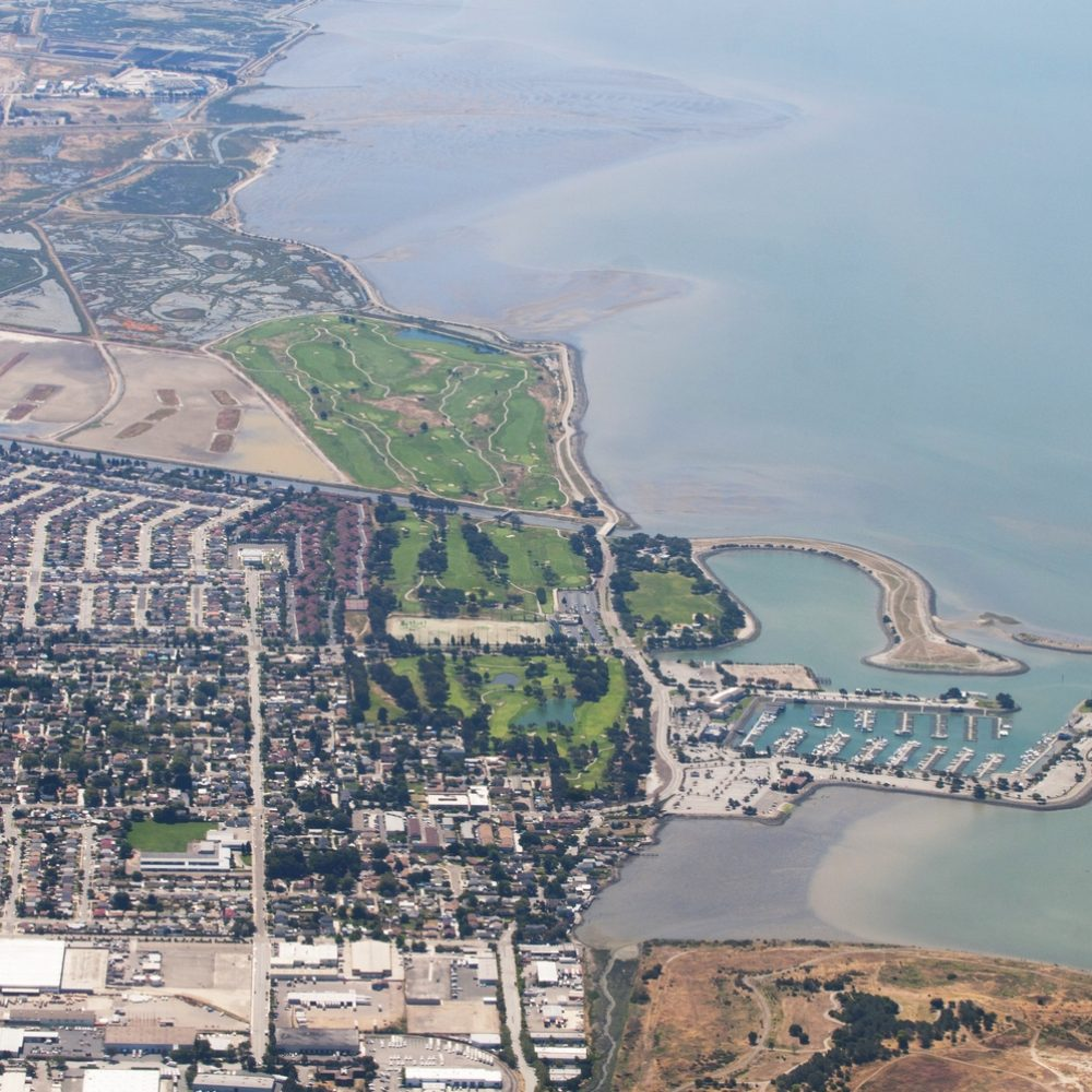 Aerial_view_of_San_Leandro_Marina_and_golf_course